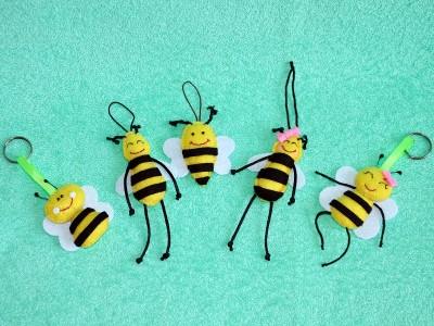 Pendant «Bees»