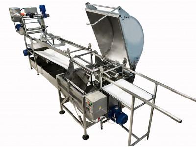 Горизонтальна автоматична медогонка  та накопичувачі рамок  Кооператив ПАВІК
